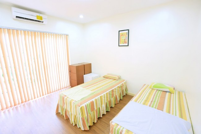 2persons Room Photo1