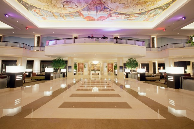 Grand-Lobby-elevator-landing