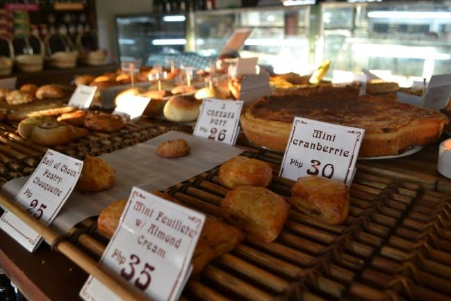A set of bread.