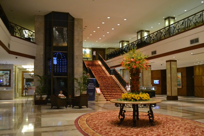 The lobby and its palatial feeling. [photo credit: Keita]
