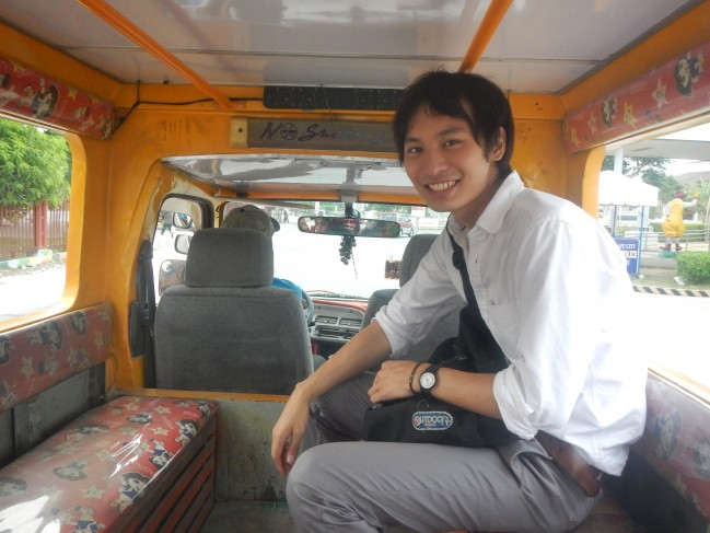 This Japanese friend of mine has already ridden the Jeepney many times!