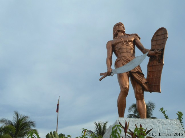 The bronze statue of Lapu-Lapu.
