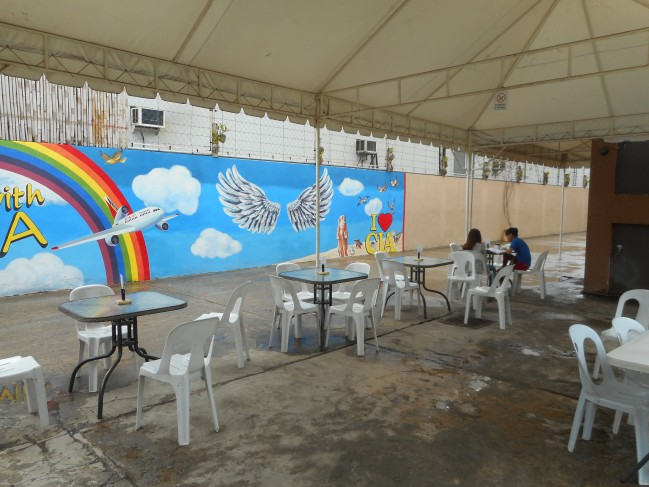 Another venue for students to relax and enjoy the outside breeze.