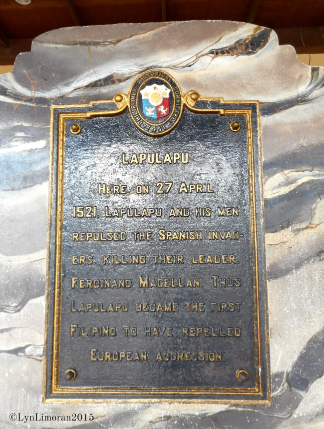 The written words on the plaque.