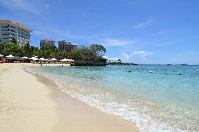 マクタン島Shangri-laホテル内ビーチ