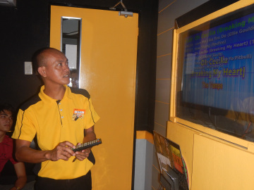 Meet the staff who gave us a demonstration on how to locate and select songs.