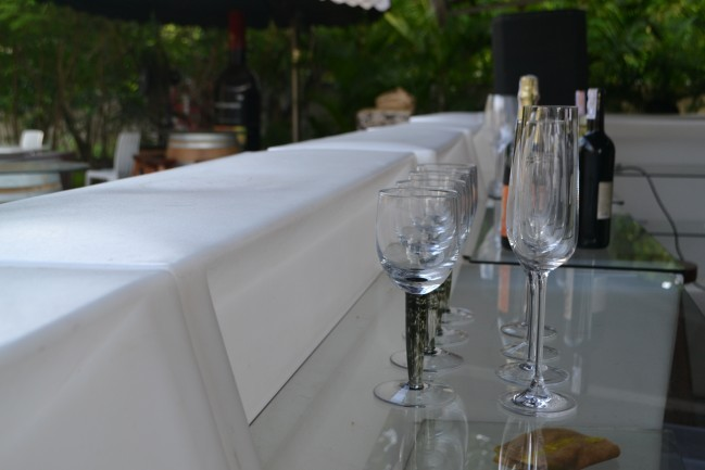 wine-glass-649x433